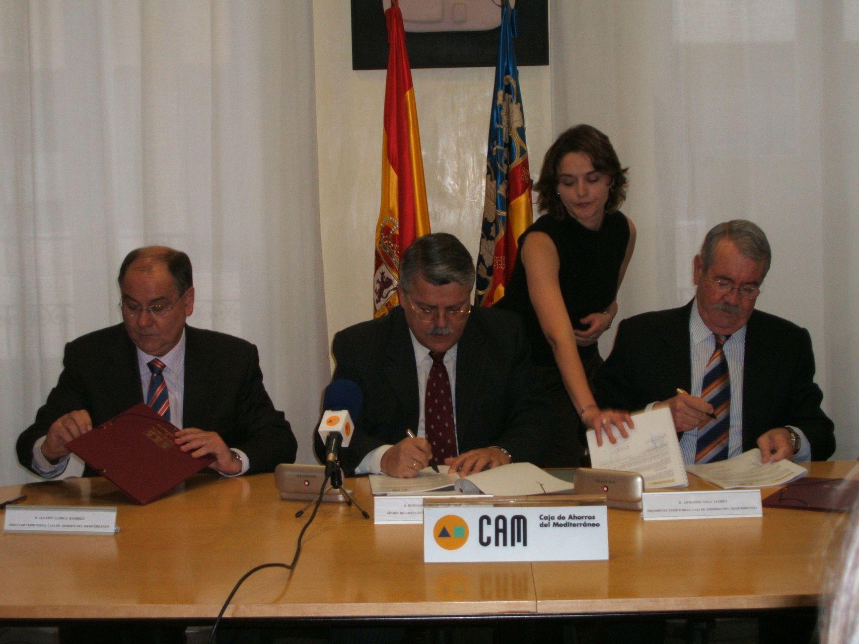 El Síndic de Greuges firma un plan de pensiones con la Caja de Ahorros del Mediterráneo