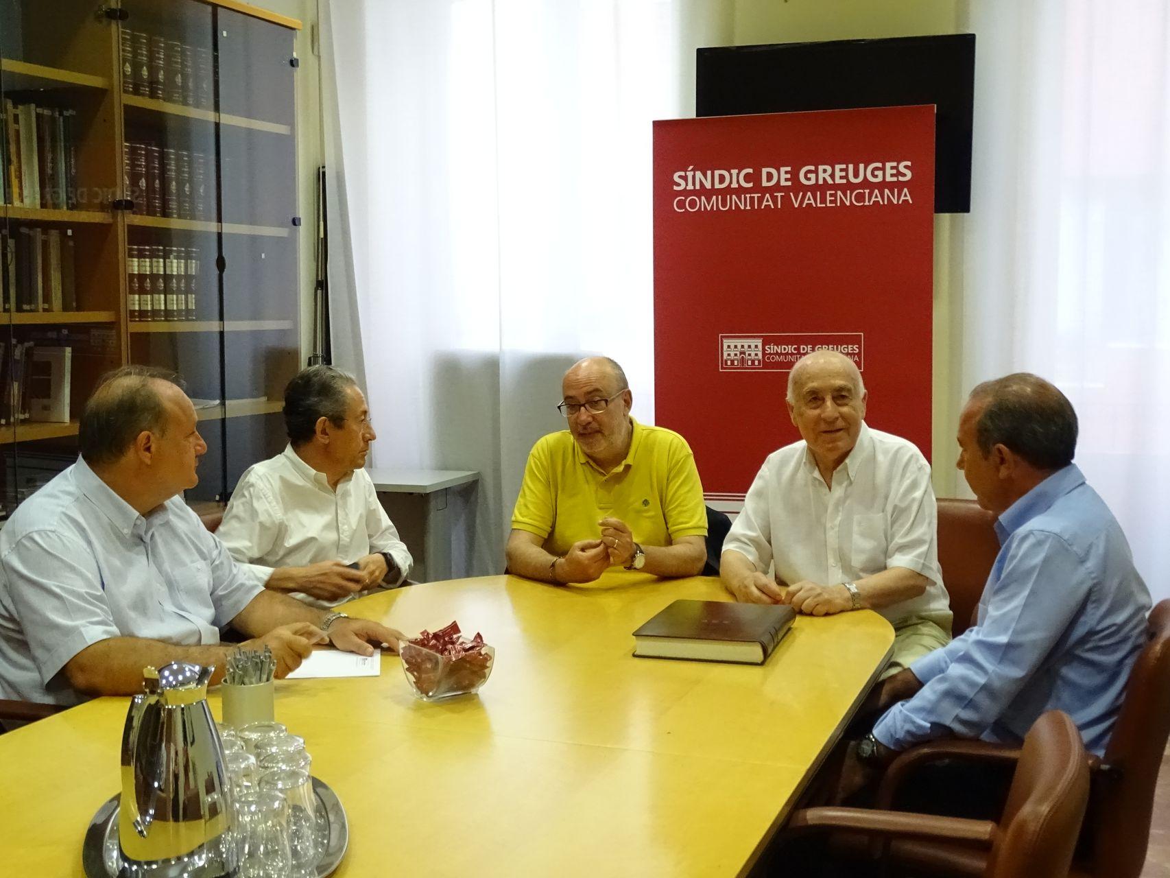 Reunión con elconseller de Transparencia en la sede del Síndic