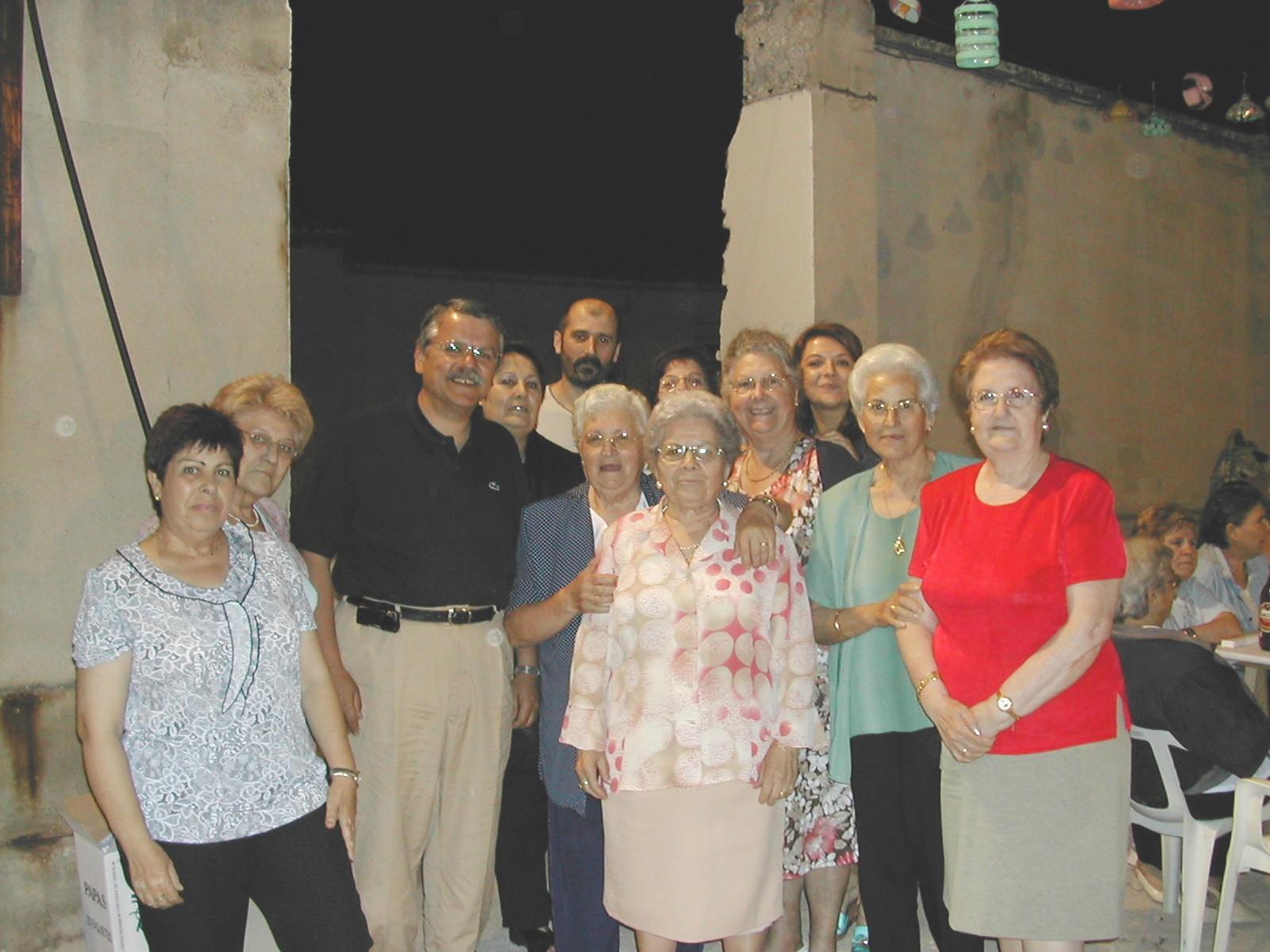 El síndic participa en la fiesta de la Escuela de Adultos de Xàtiva
