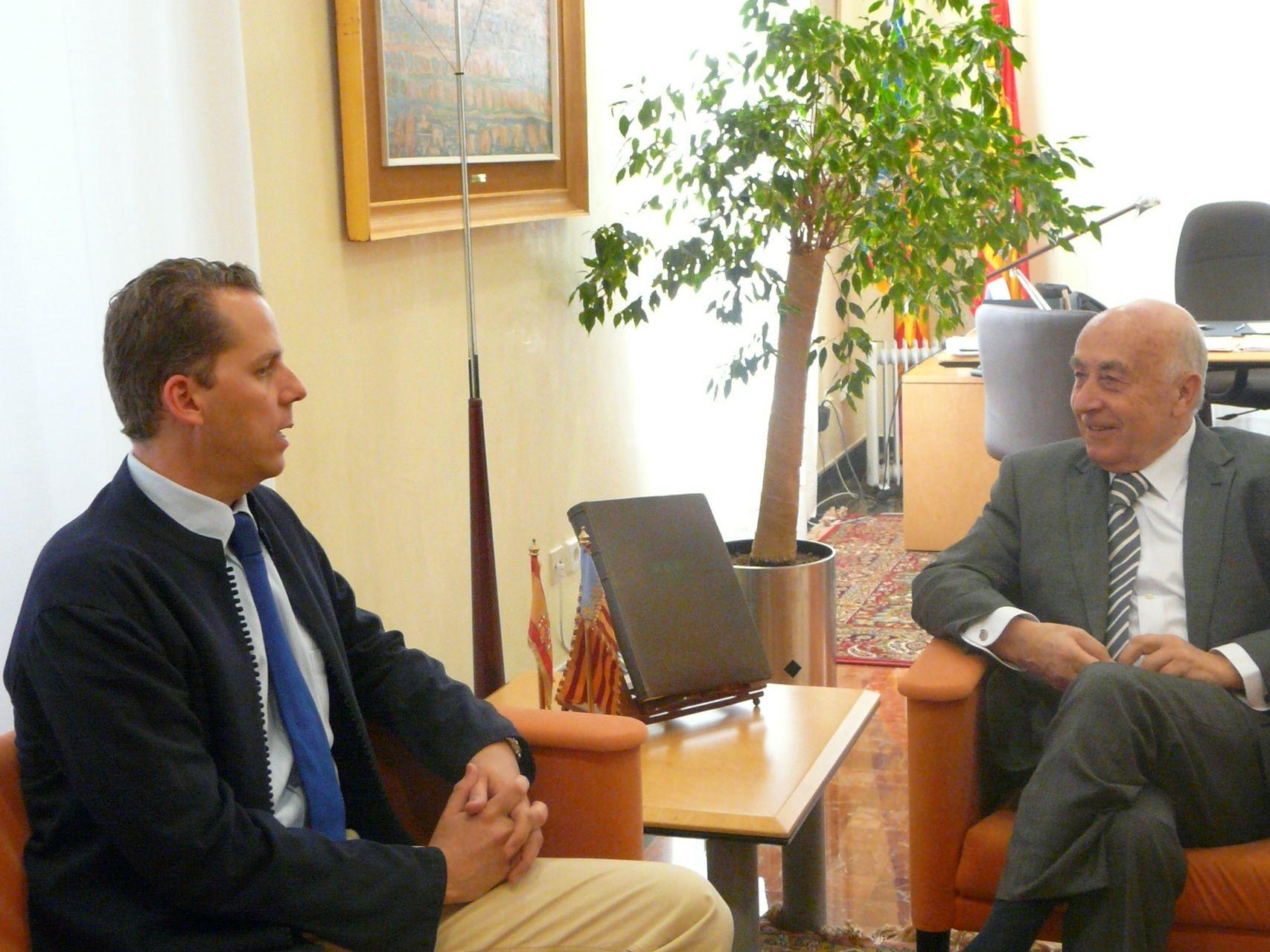 El Síndic de Greuges y el Consulado Británico en Alicante intensificarán sus contactos