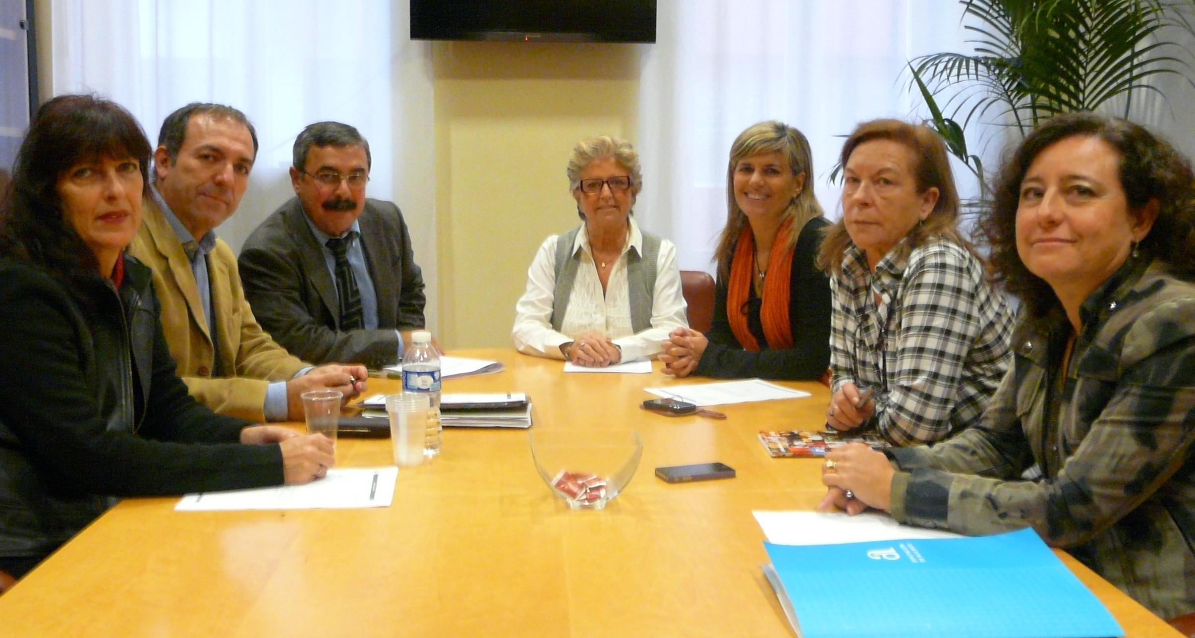 El Síndic investiga de oficio la gestión de la teleasistencia a personas mayores en la Comunidad Valenciana
