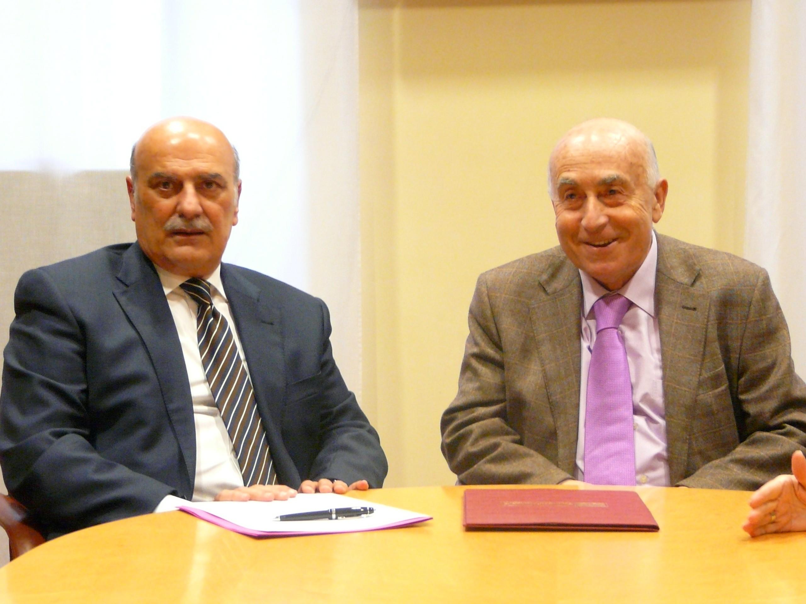 El síndic y el decano del Colegio Provincial de Abogados de Alicante firman un convenio de colaboración para proteger los derechos y libertades de los ciudadanos