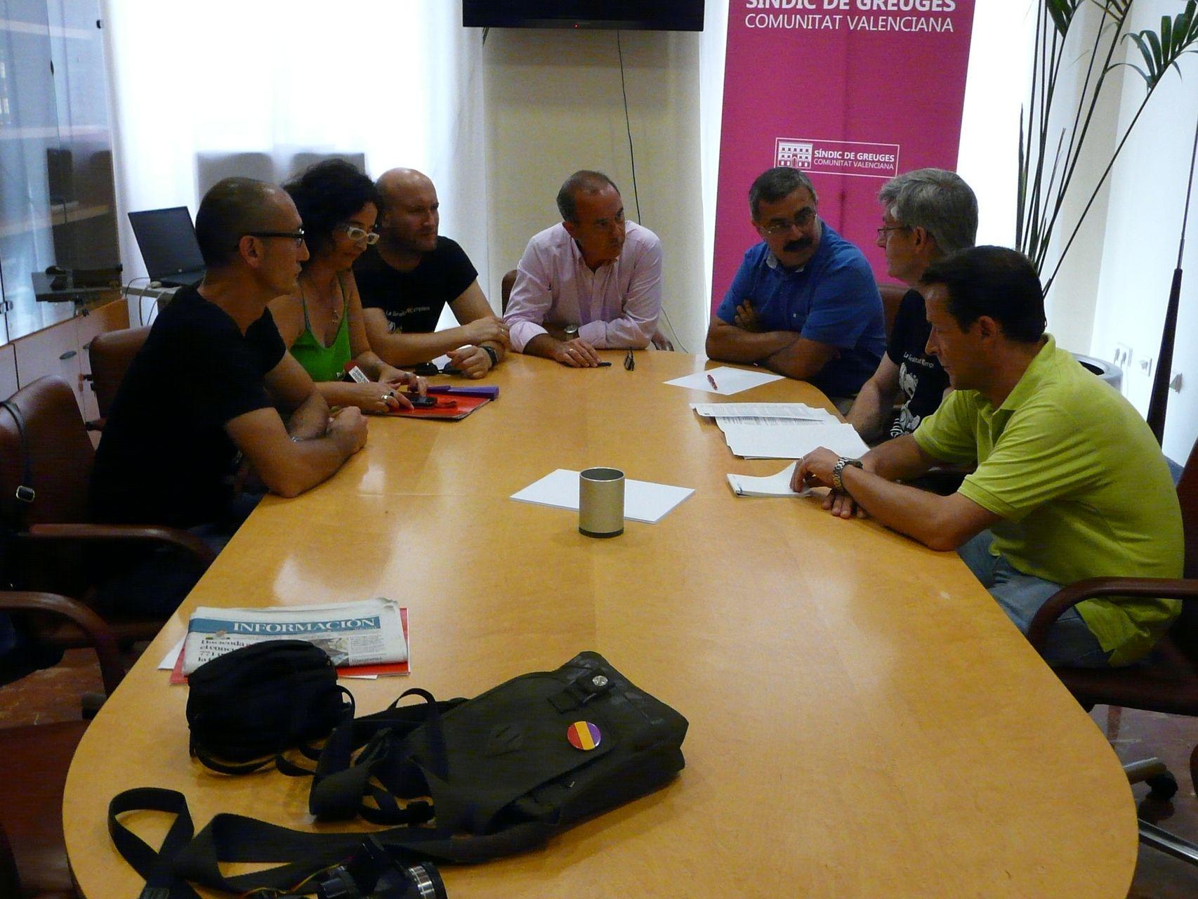 La Plataforma del Sector de Menores visita al Síndic de Greuges paraexponerle sus reivindicaciones