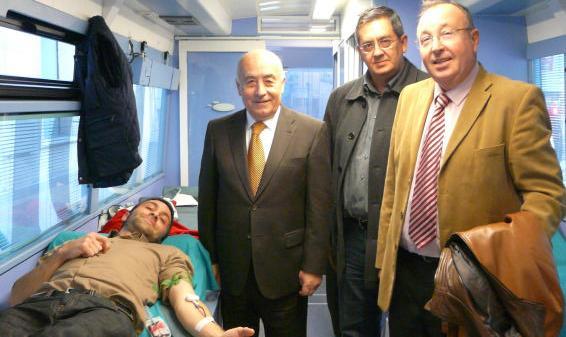 El Síndic de Greuges colabora por segundo año consecutivo con el Centro de Transfusión