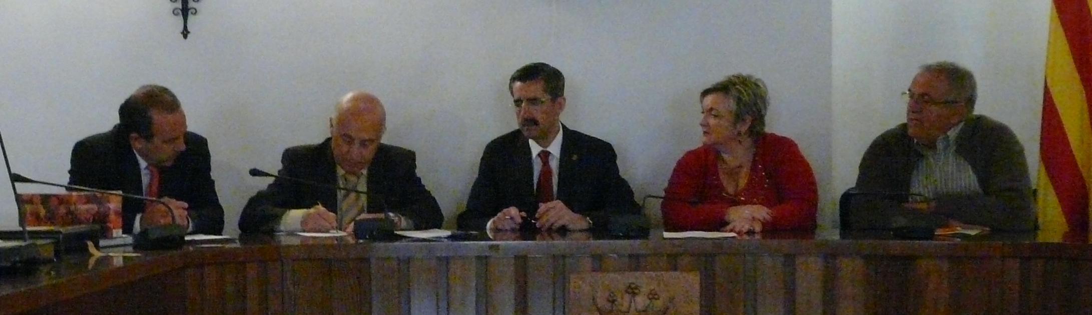 El Síndic de Greuges firma un convenio con el Ayuntamiento de L'Eliana