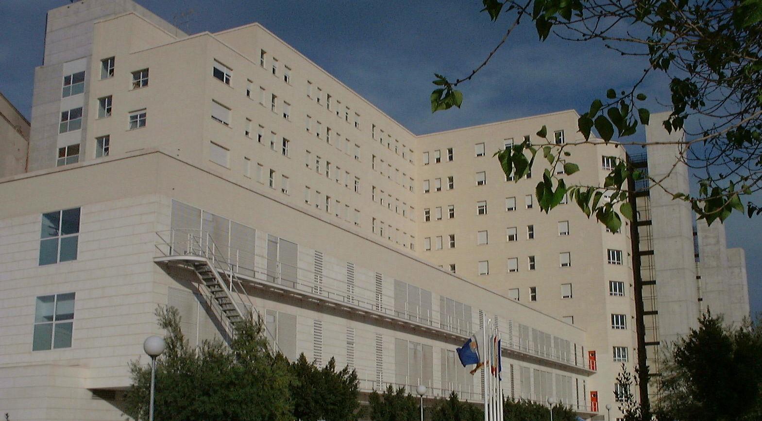 El Síndic abre una queja de oficio por los problemas de limpieza en el Hospital General de Alicante