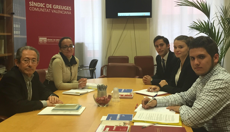 Entrevista con alumnos de la Universidad de Alicante