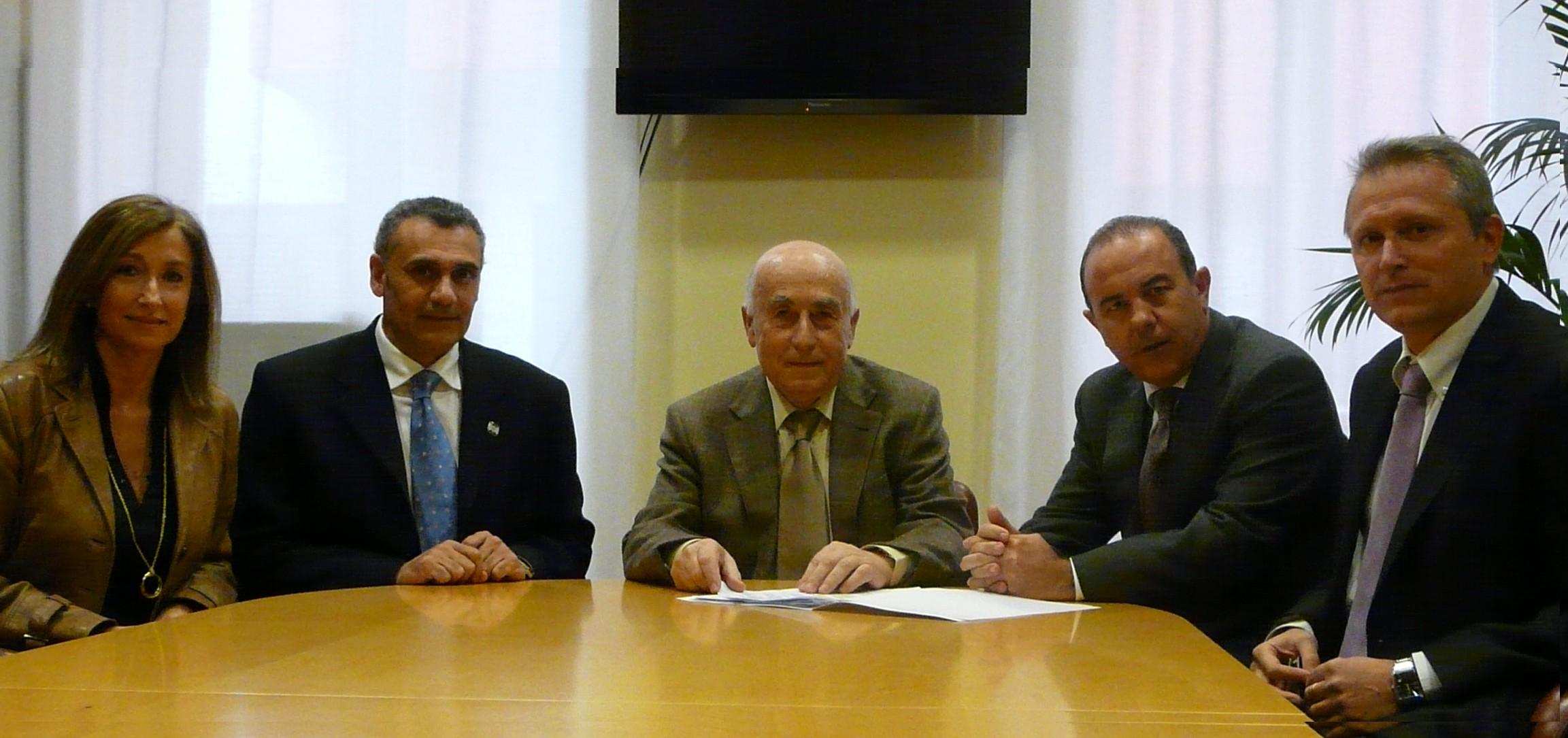 Cholbi se reúne con el presidente de los médicos de urgencias y emergencias en la Comunidad Valenciana