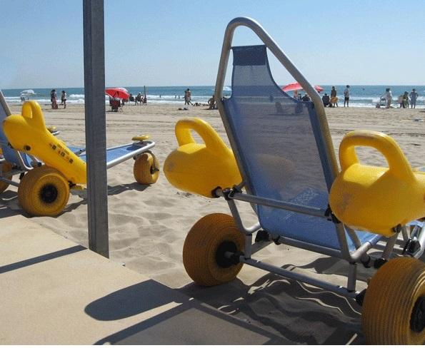 Pedimos ampliar el servicio de playas accesibles en Sueca