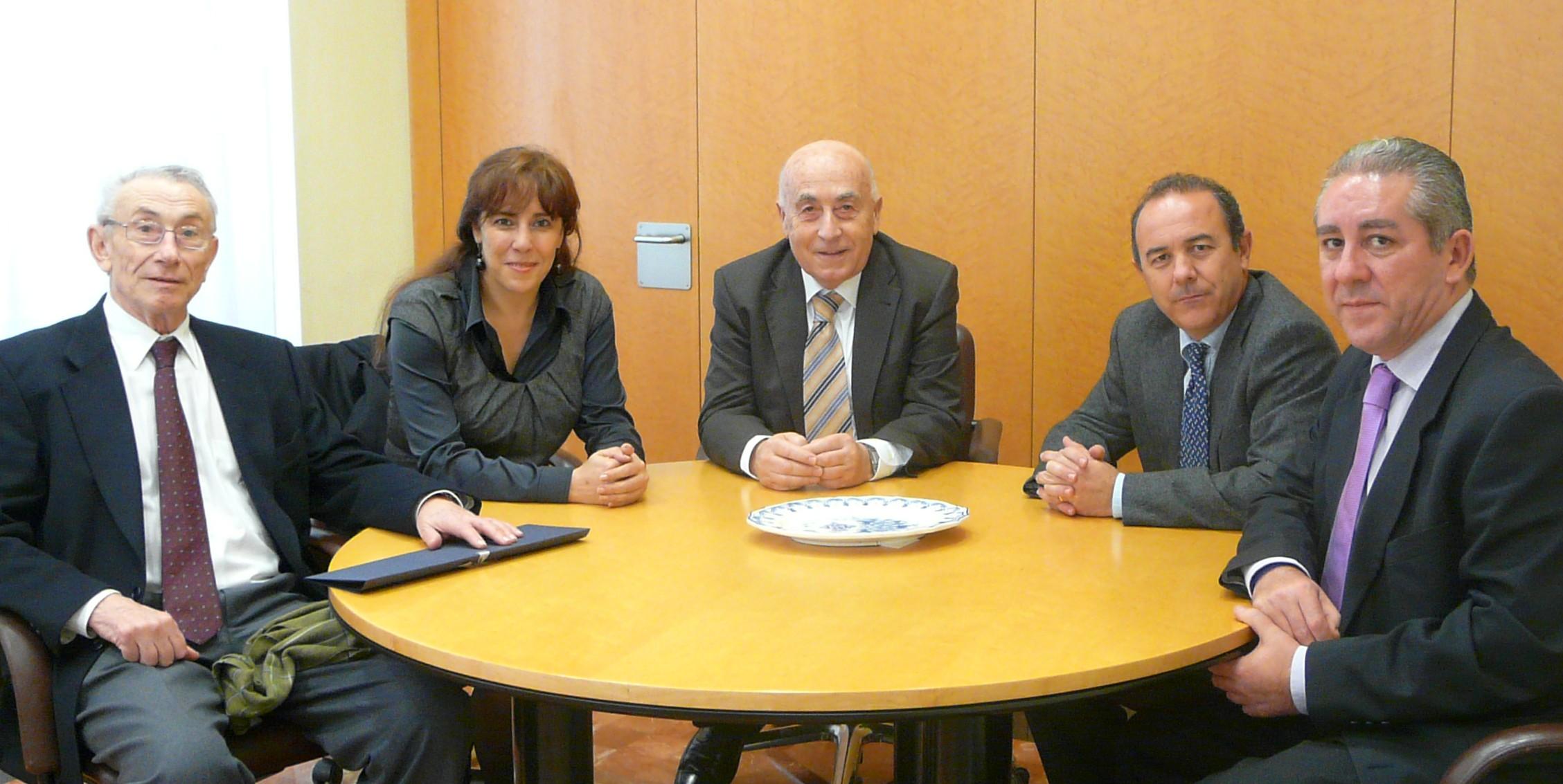 El síndic recibe la visita de la nueva síndica de Greuges de la Universidad de Valencia