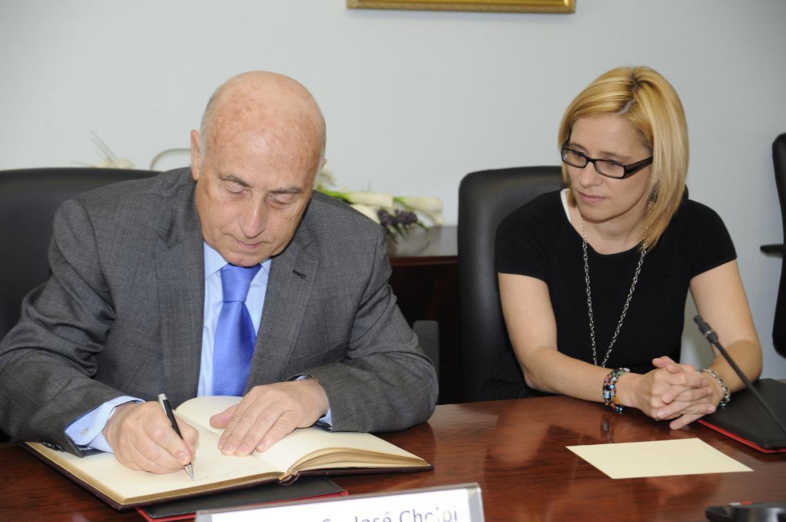 El Síndic firma convenios de colaboración con La Pobla de Vallbona, San Antonio de Benagéber y Manises