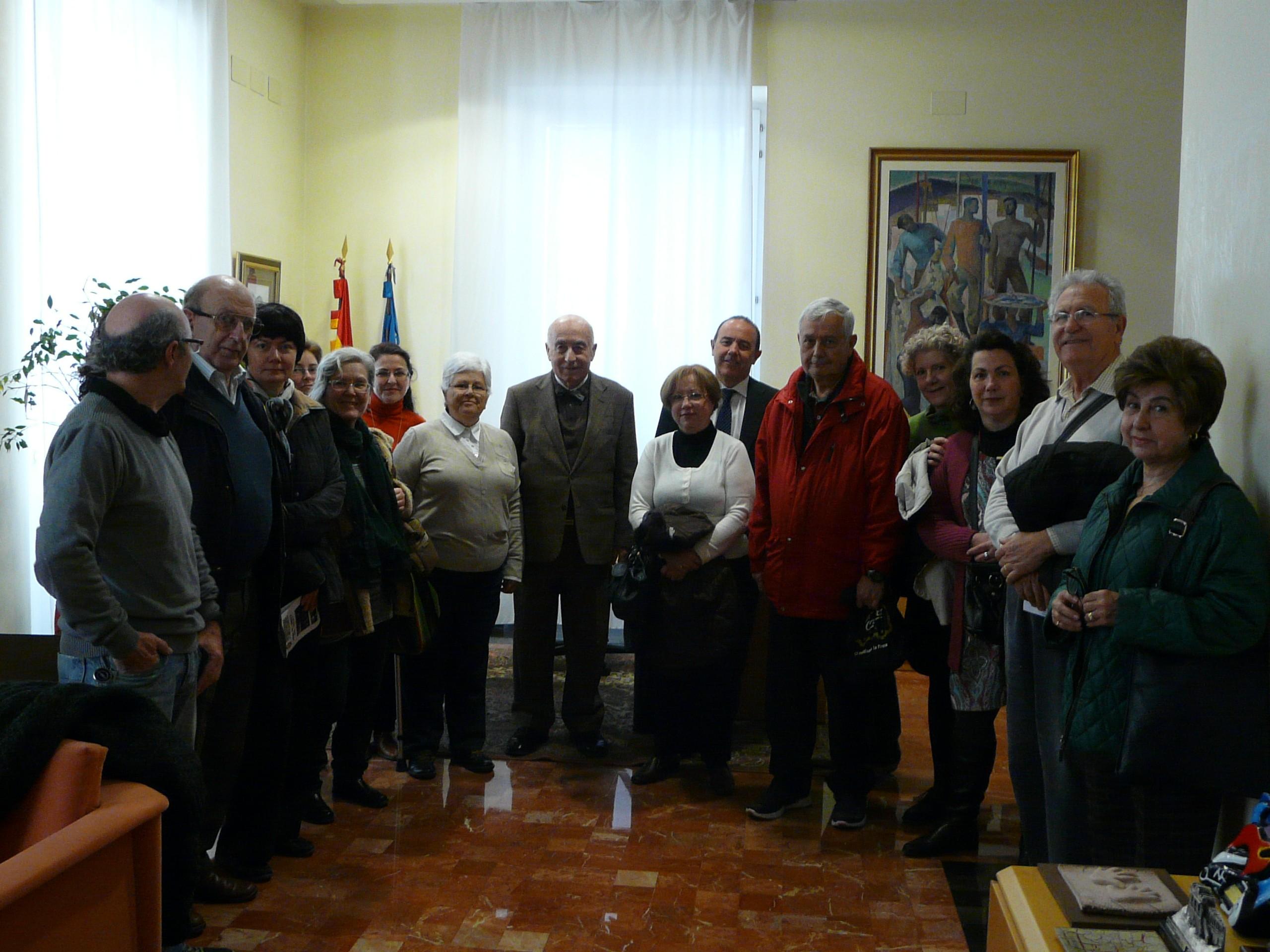 El Síndic rep la visita d'un grup de participants del programa Alacant Cultura