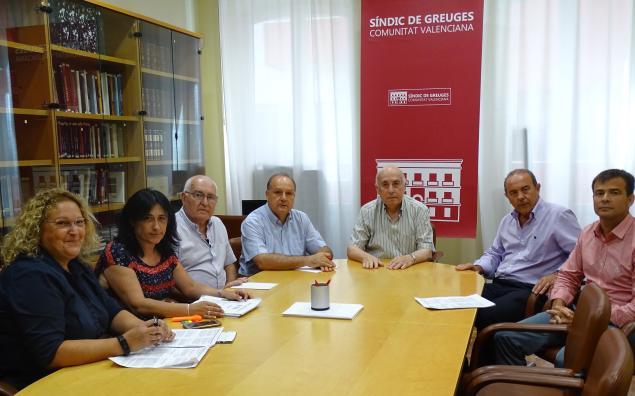 Reunión con representantes de la Plataforma de Afectados por la nueva Ley del Taxi