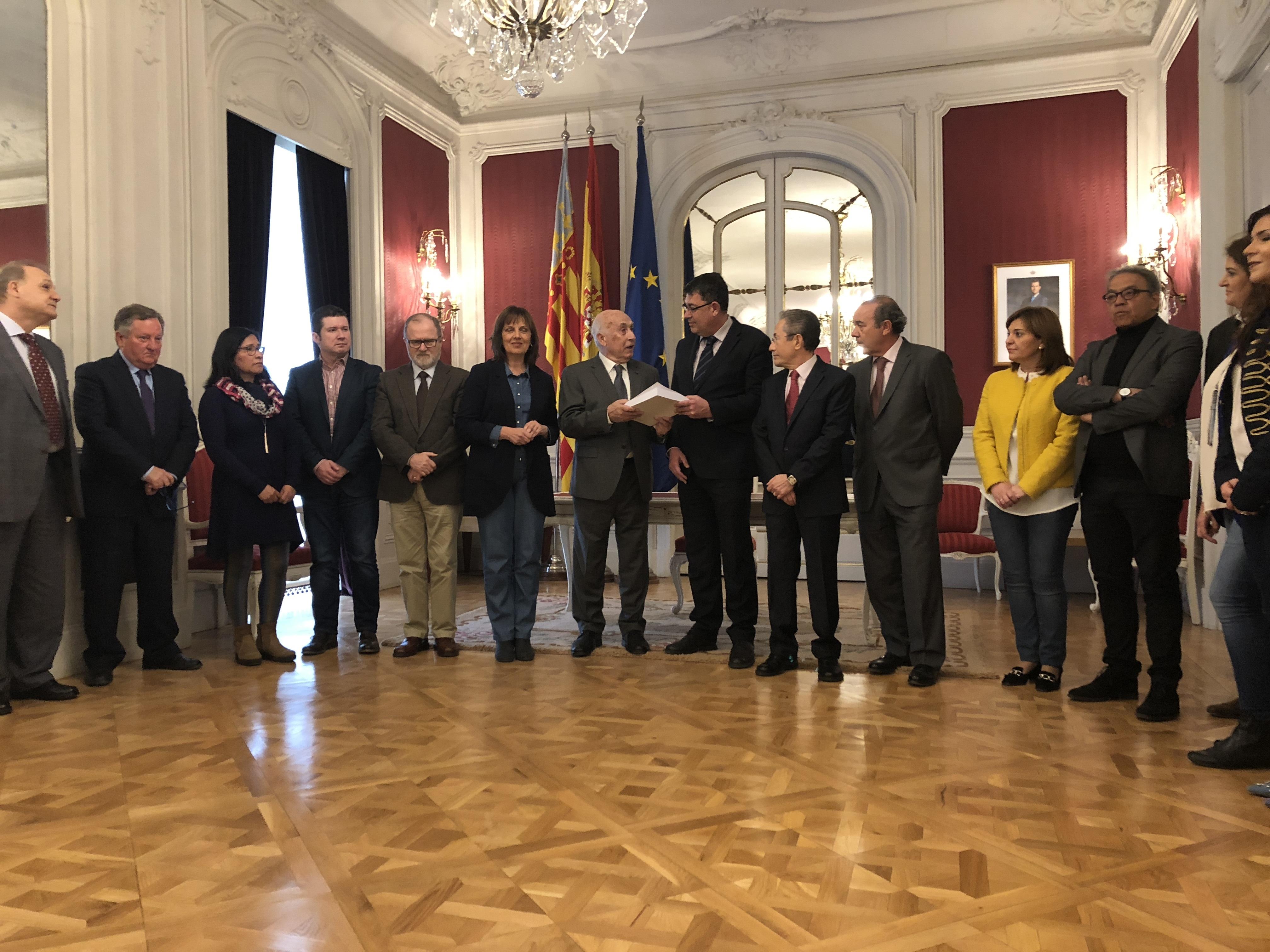 INFORME VIVIENDA PÚBLICA   El Síndic estima en 7100 los hogares valencianos que se encuentran al límite de pobreza de vivienda y que pueden requerir de apoyo público urgente