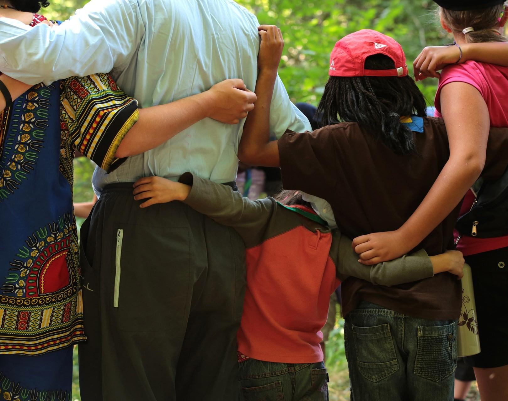 El Síndic insta l'Ajuntament de Gandia a replantejar-se el trasllat del Punt de Trobada Familiar